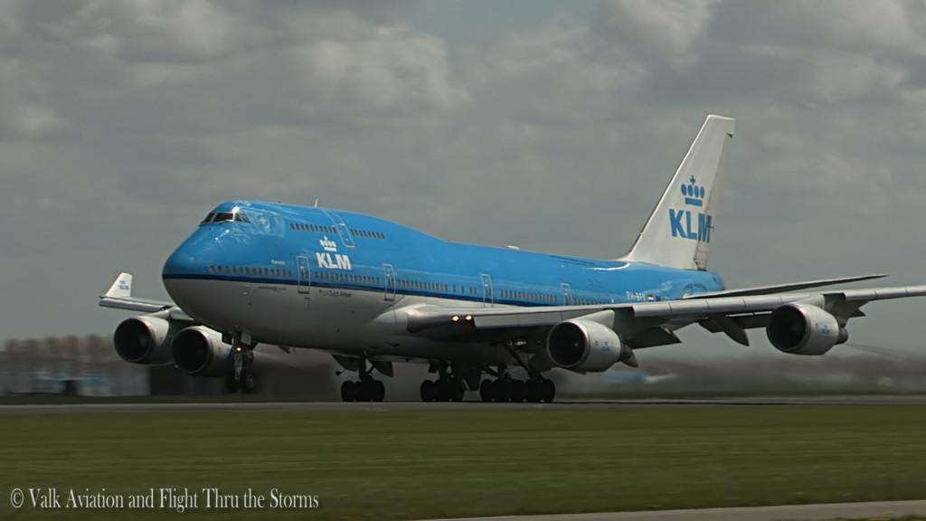 Captain B747 Bas v Leeuwen @ KL685.Still003