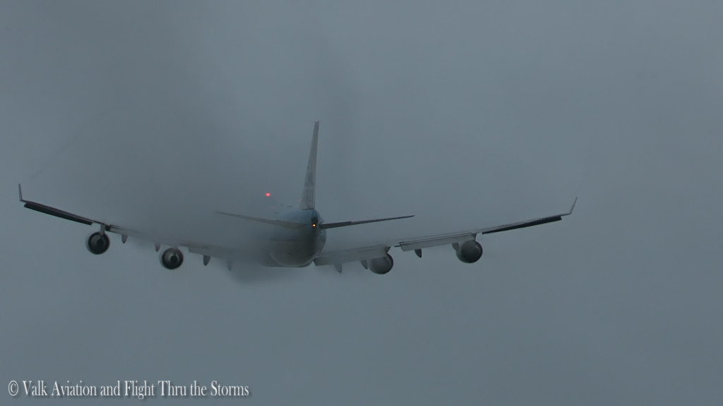Condensation Martinair Cargo @ RW18L .Still003