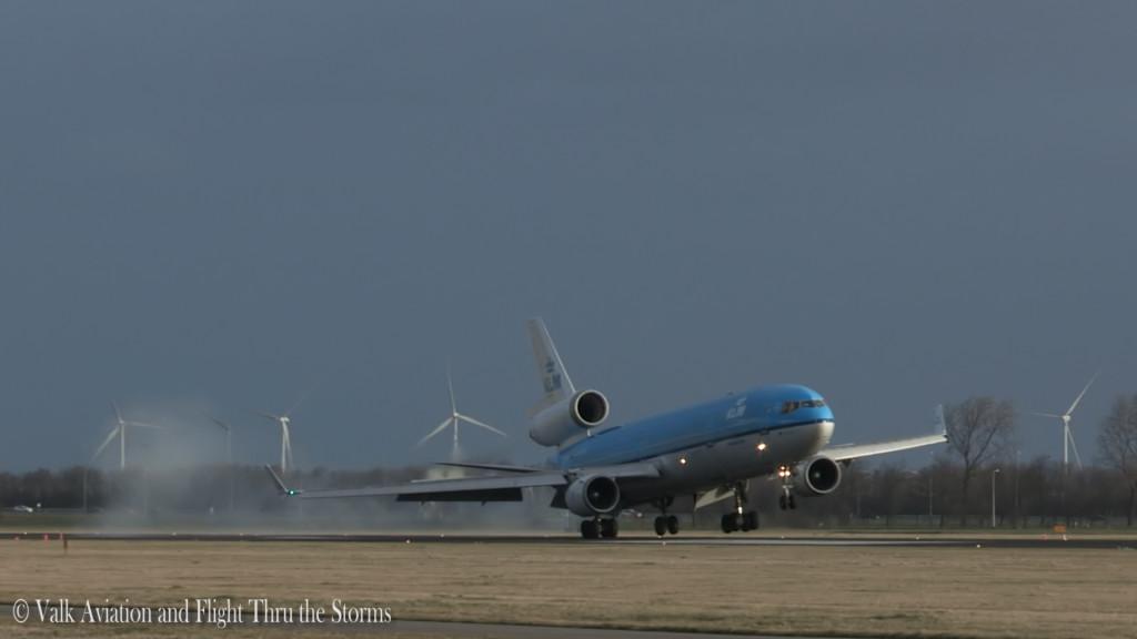 Crosswind Spectacle @ Schiphol Airport.Still015