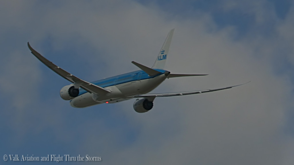 KLM B789 - PH-BHD @ newest dreamliner.Still012