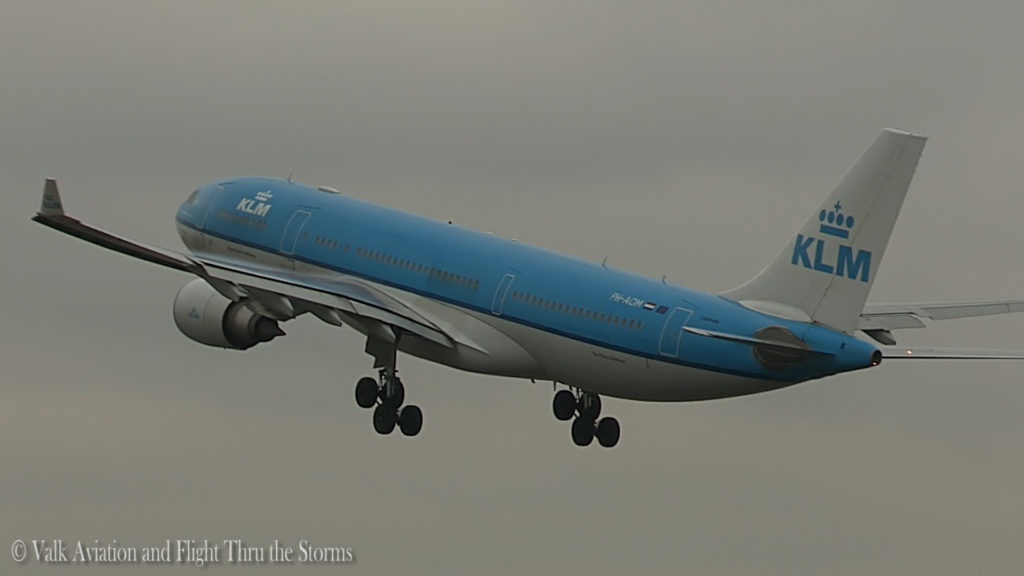 Last Flight of Captain A330 Hans Biesters.Still005
