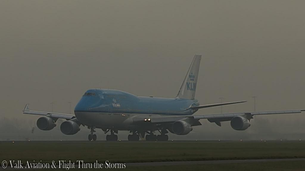Last Flight of Captain Hans Klijn @ KLM B747.00_02_42_20.Still026