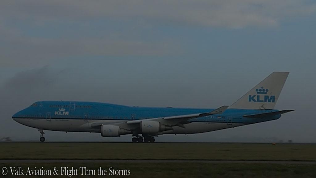 Last Flight of Captain Hans Klijn @ KLM B747.00_02_48_21.Still027