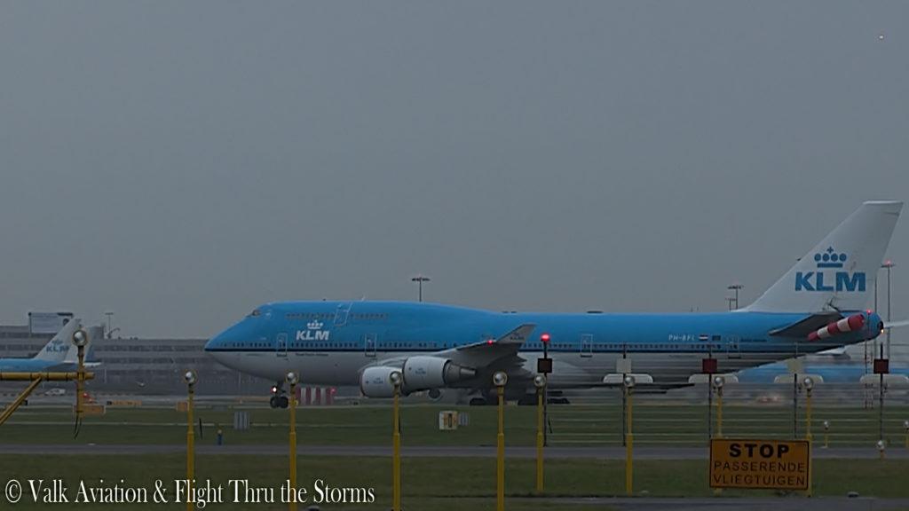 Last Flight of Captain Hans Klijn @ KLM B747.00_09_19_01.Still019