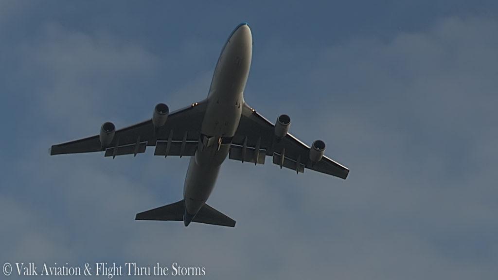 Last Flight of Captain Jan Cees Wilbrink @ KLM B747.00_01_57_15.Still007