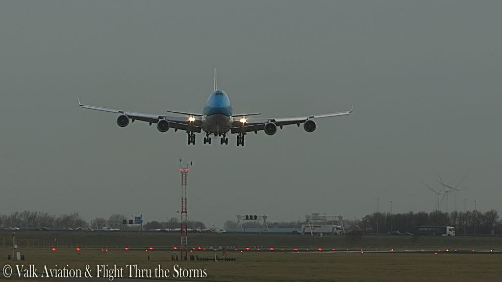 Last Flight of Captain Jan Cees Wilbrink @ KLM B747.00_06_19_22.Still016