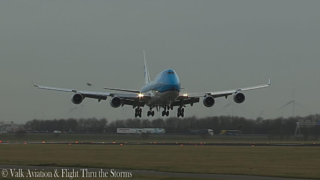 Last Flight of Captain Jan Cees Wilbrink @ KLM B747.00_06_25_05.Still017