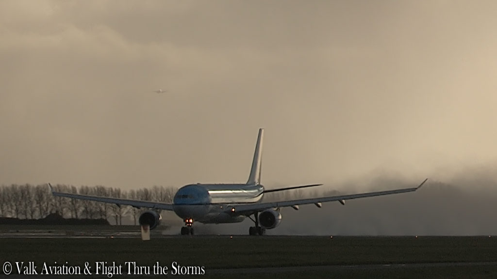 Last Flight of Captain Johan van der Sluis @ KLM A330.00_01_10_03.Still002