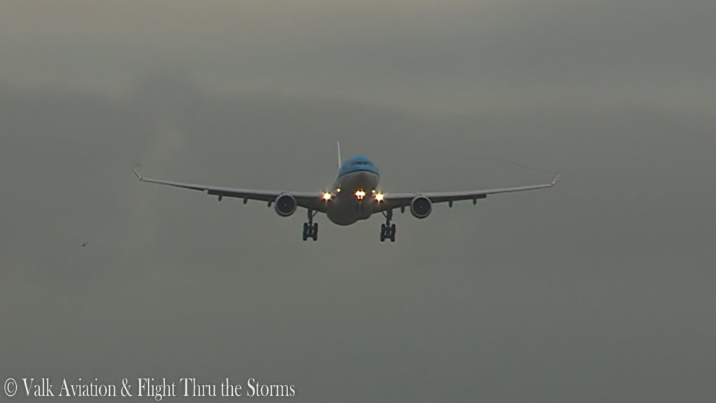 Last Flight of Captain Johan van der Sluis @ KLM A330.00_06_06_09.Still009
