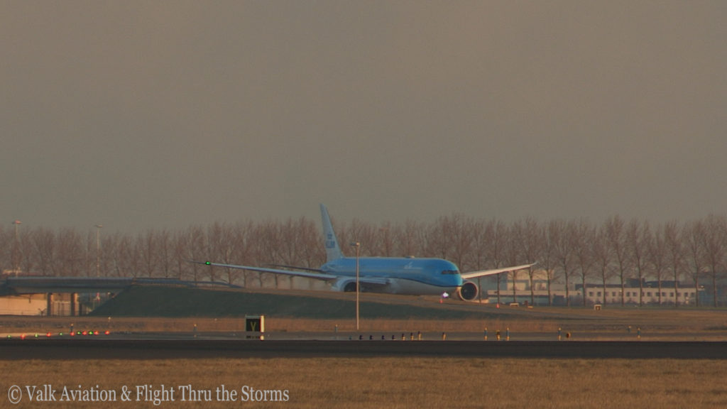 Last Flight of Captain Marten Oostenbroek @ KLM.Still008