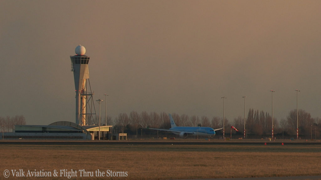 Last Flight of Captain Marten Oostenbroek @ KLM.Still009