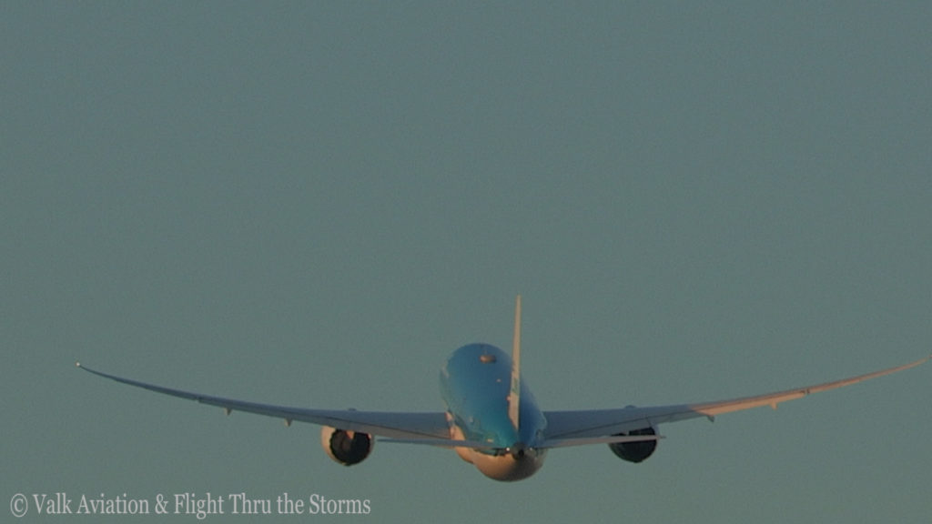 Last Flight of Captain Marten Oostenbroek @ KLM.Still018