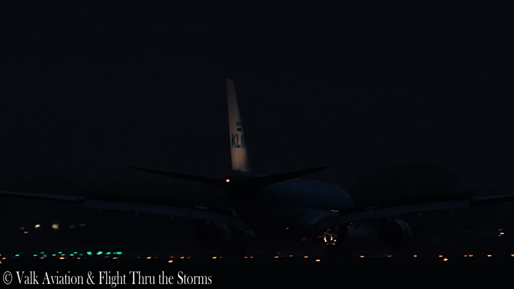 Last Flight of Captain Victor Telkamp @ KLM.00_08_18_15.Still006