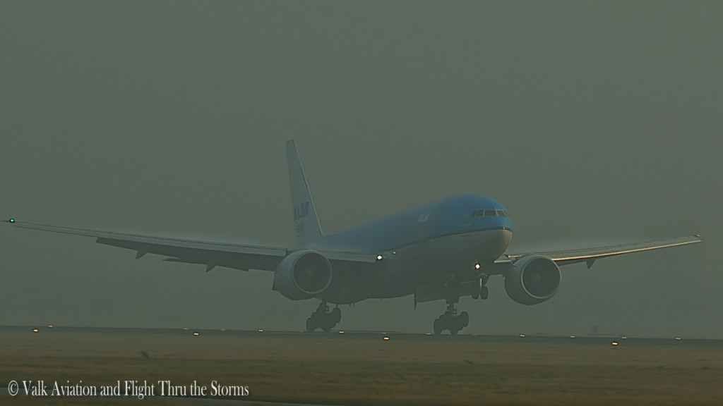Last Flight of Charlot Engels @ Cpt KLM B777.Still011