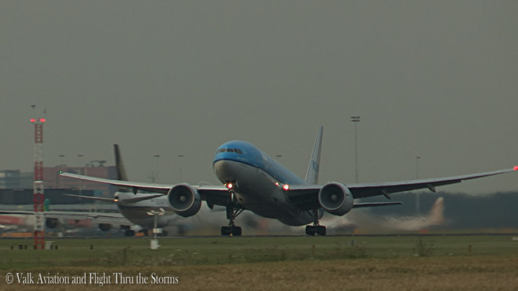 Last Flight of Cpt Wil Janssen @ KLM B777.Still002