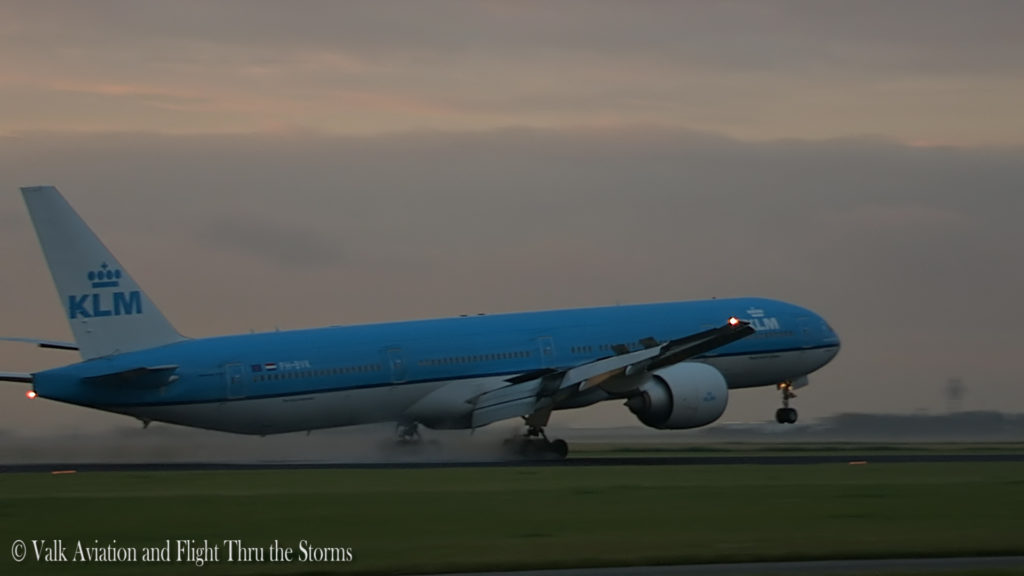 Last Flight of Cpt Wil Janssen @ KLM B777.Still027