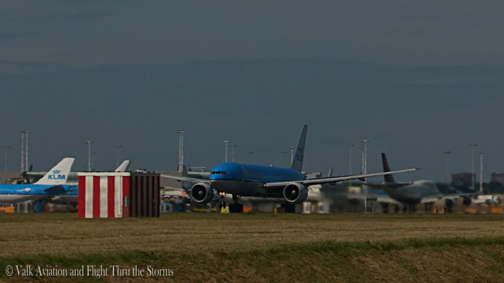 Last Flight of Erik v d Klippe @ Cpt KLM B777.Still02