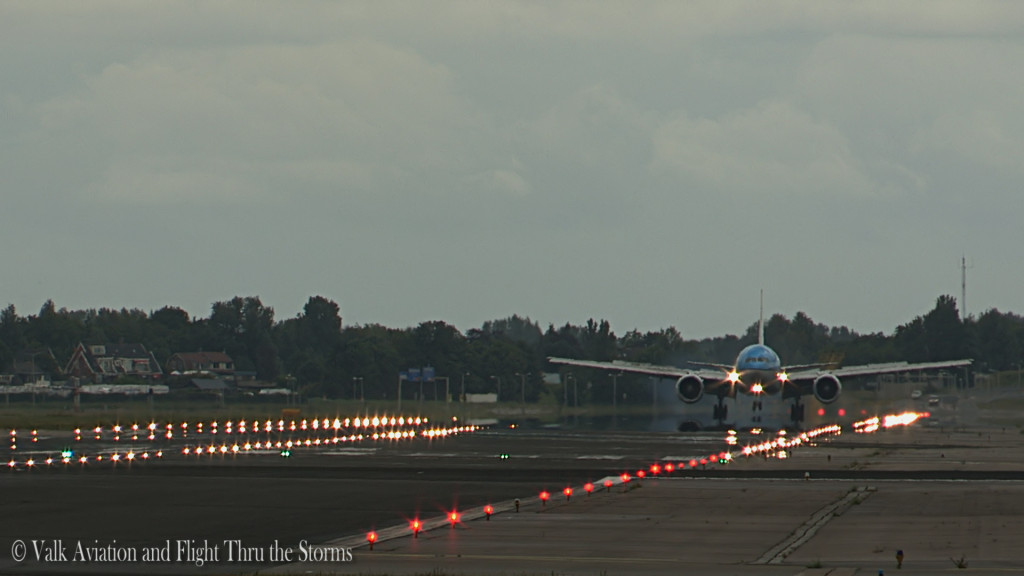 Last Flight of Erik v d Klippe @ Cpt KLM B777.Still035
