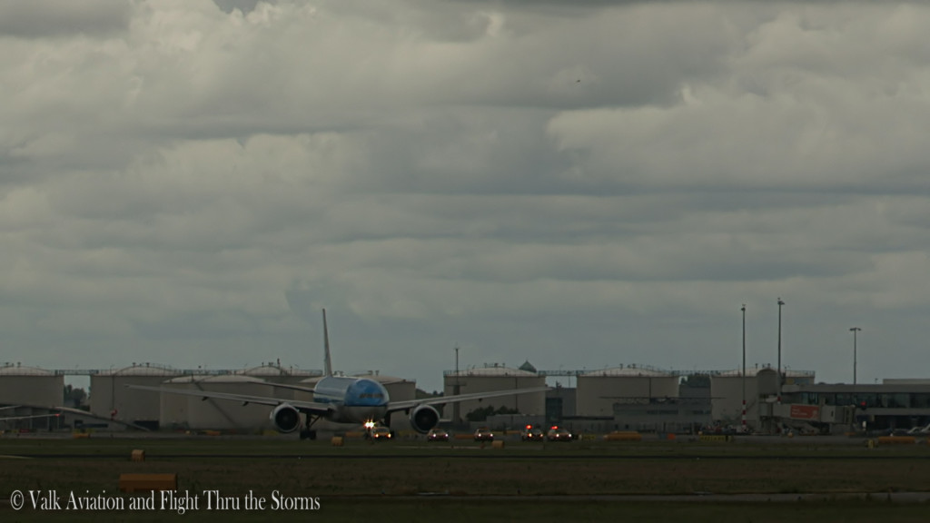 Last Flight of Erik v d Klippe @ Cpt KLM B777.Still040