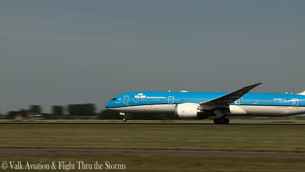Last Flight of KLM Captain Ad Barla @ B777-789.00_02_36_01.Still007