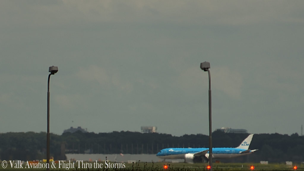 Last Flight of KLM Captain Ad Barla @ B777-789.00_07_14_10.Still031