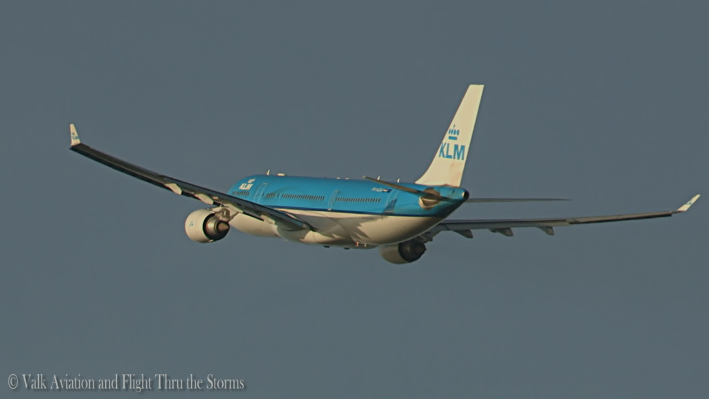 Last Flight of Ronald Aries @ Cpt KLM A330.Still009
