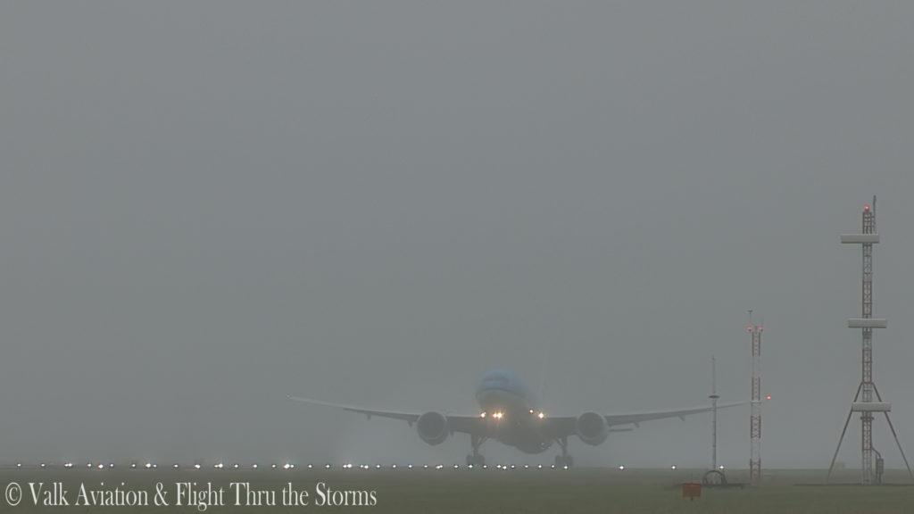 Last flight of Captain Paul Melkert @ KLM B777.00_02_44_08.Still005