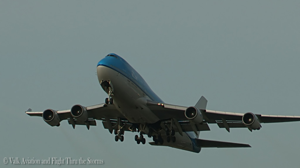 Last flight of Erik Stassen @ Cpt KLM B747.Still032