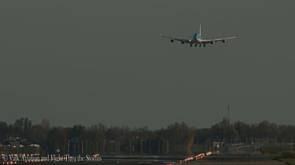 Last flight of Erik Stassen @ Cpt KLM B747.Still034