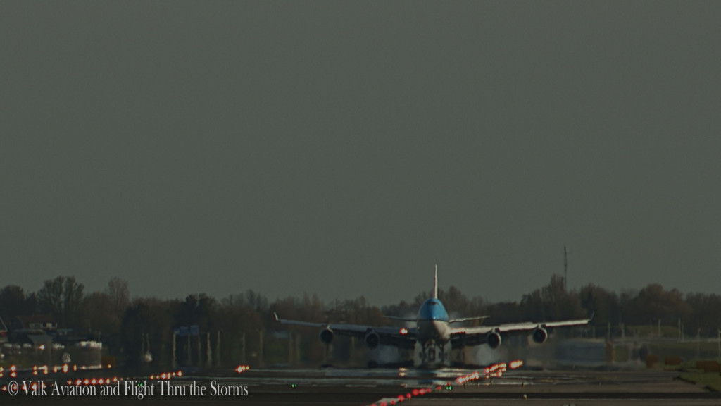 Last flight of Erik Stassen @ Cpt KLM B747.Still035