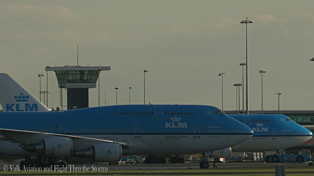 Last flight of Erik Stassen @ Cpt KLM B747.Still040