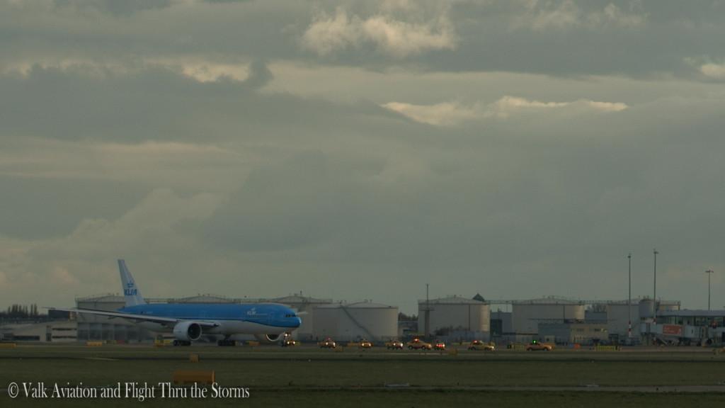 Last flight of Frans van Giersbergen @ Cpt KLM B777.Still006