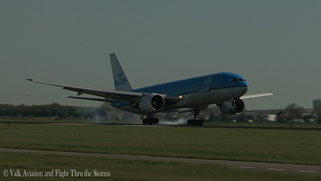 Last flight of Gerard Smeets @ Cpt KLM B777.Still022