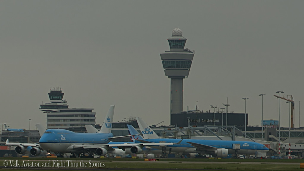 Last flight of Gino Kribben @ Cpt KLM B747.Still009