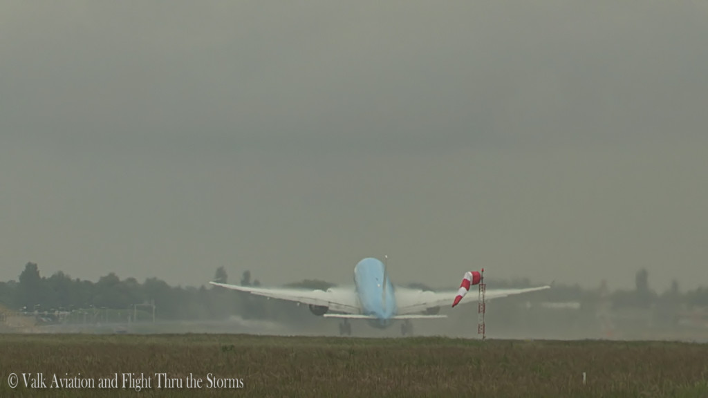 Last flight of Jan Maasdam @ Cpt KLM B777.Still013