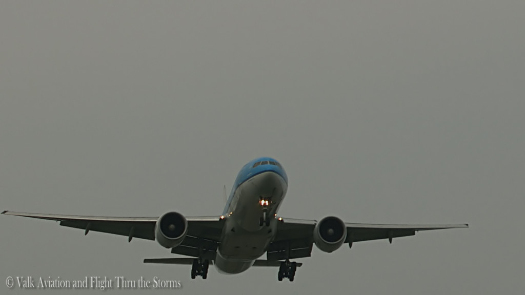 Last flight of Jan Maasdam @ Cpt KLM B777.Still024