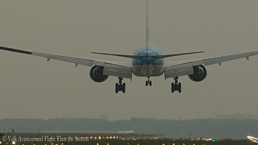 Last flight of Jan Maasdam @ Cpt KLM B777.Still029