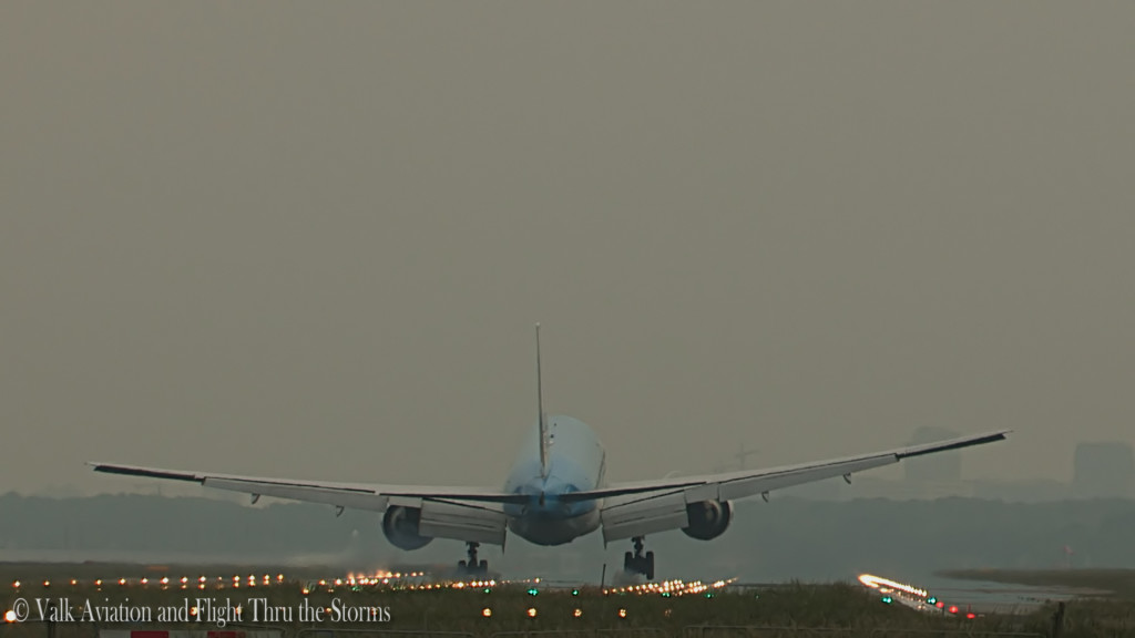 Last flight of Jan Maasdam @ Cpt KLM B777.Still031