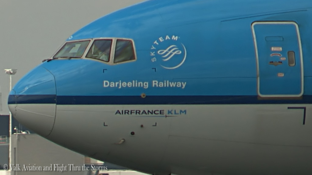 Last flight of Remco Emanuel @ Cpt KLM B777.Still025