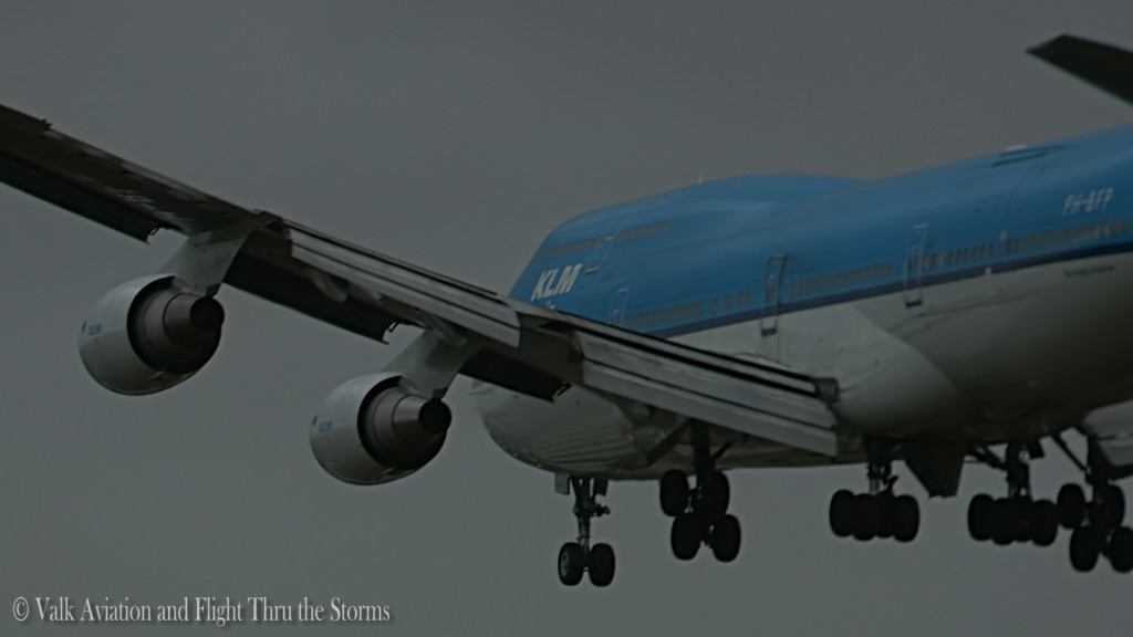Storm at Schiphol @ RW22 Schiphol East.Still001